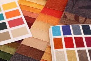 Stoffe und Farbkarten